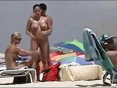 Beautiful swinger at the beach Do not miss !!