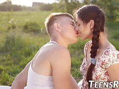 Young hottie banged and creamed during outdoor picnic